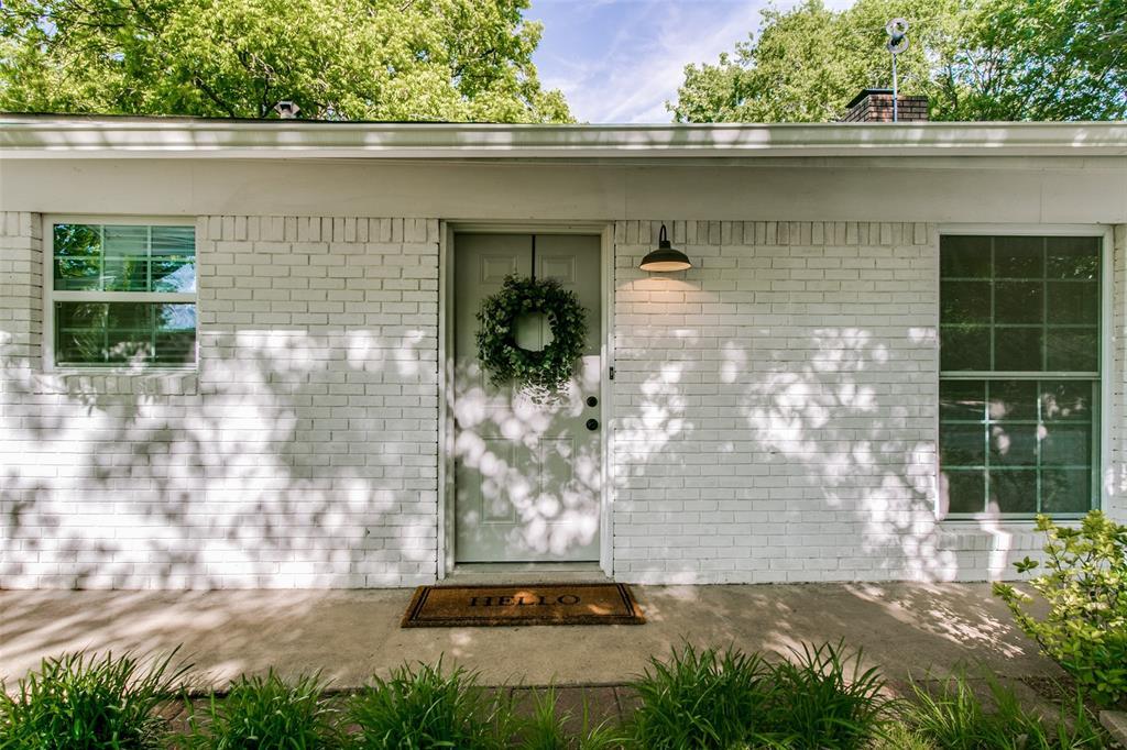 205 Redbud  Trail, Shady Shores, Texas 76208 - acquisto real estate best allen realtor kim miller hunters creek expert