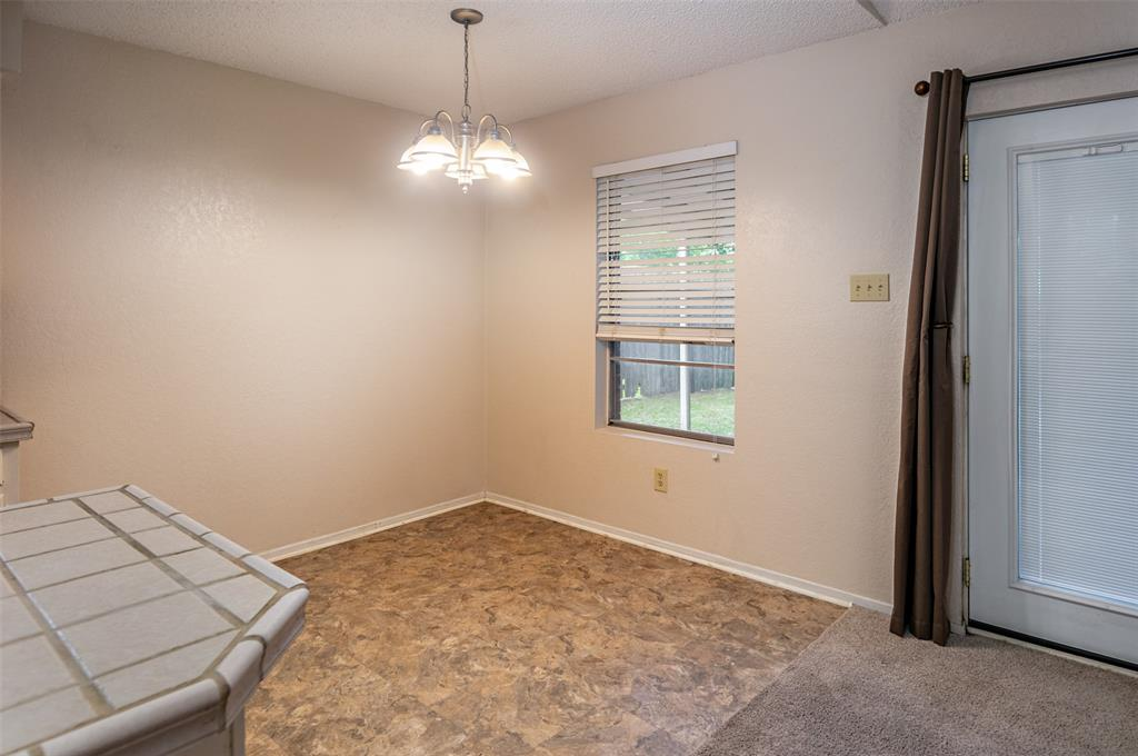 1737 Northwood  Boulevard, Corsicana, Texas 75110 - acquisto real estate best real estate company to work for