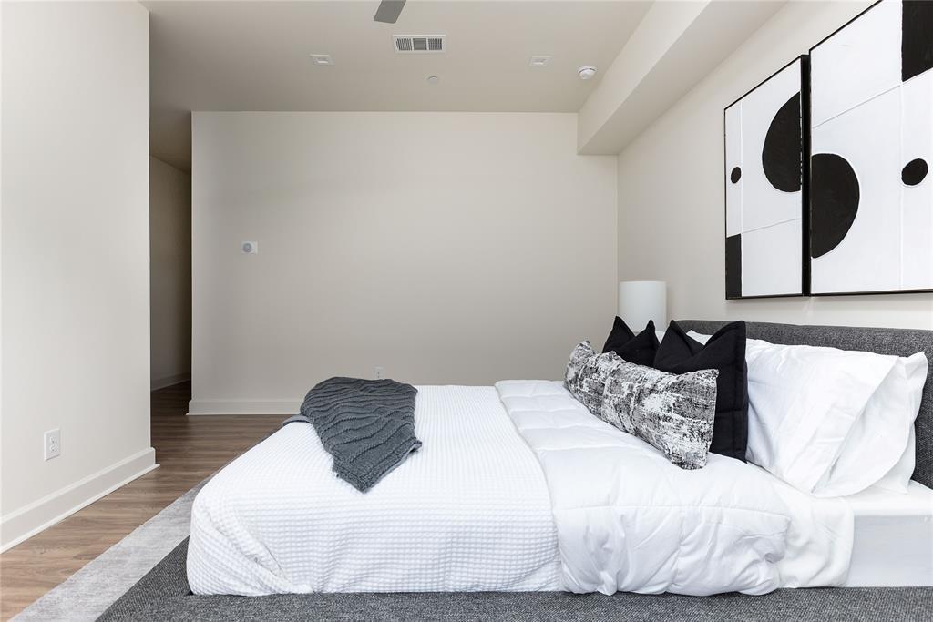 1920 Park  Avenue, Dallas, Texas 75215 - acquisto real estate best new home sales realtor linda miller executor real estate