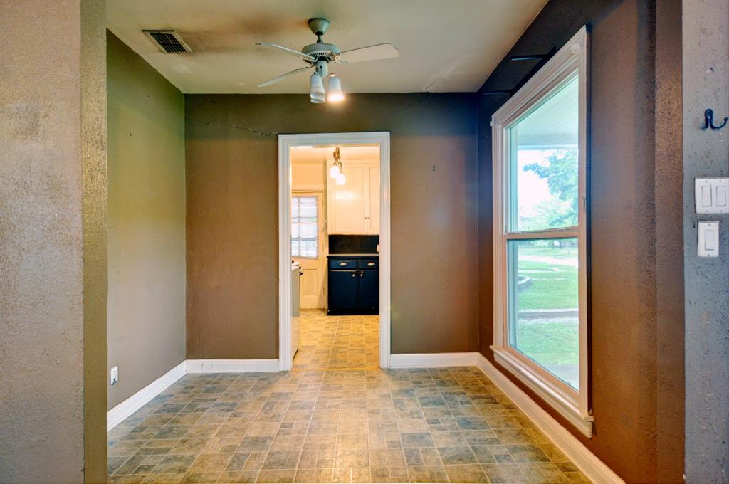4921 Pershing  Avenue, Fort Worth, Texas 76107 - acquisto real estate best celina realtor logan lawrence best dressed realtor