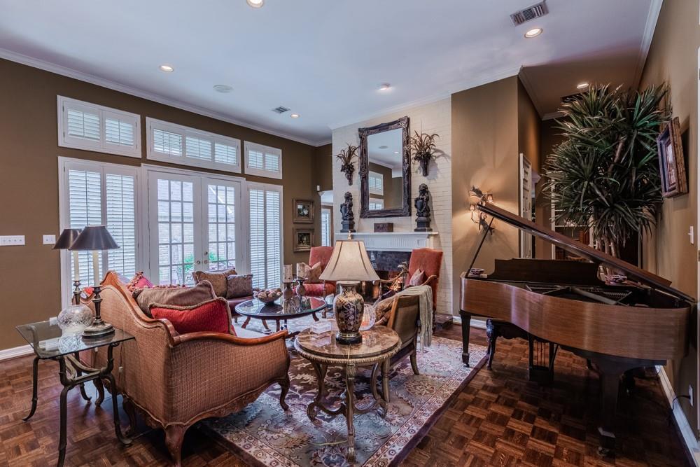 6917 Hillpark  Drive, Dallas, Texas 75230 - acquisto real estate best allen realtor kim miller hunters creek expert