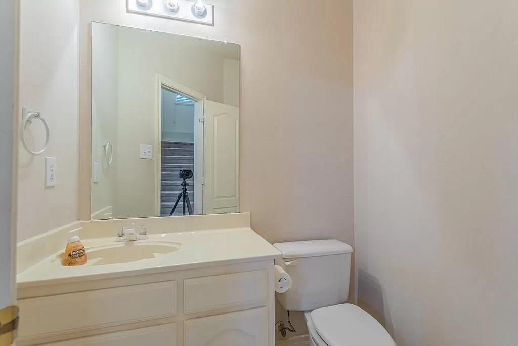 6308 Fannin  Drive, Arlington, Texas 76001 - acquisto real estate best plano real estate agent mike shepherd