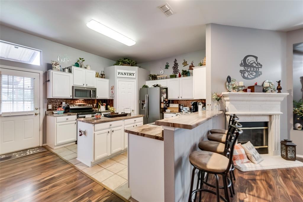 2612 Hilcroft  Avenue, Denton, Texas 76210 - acquisto real estate best designer and realtor hannah ewing kind realtor
