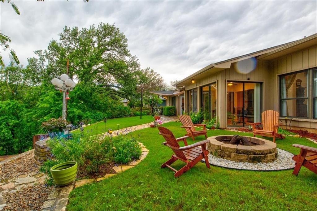 4315 Fairway  Drive, Granbury, Texas 76049 - acquisto real estate best plano real estate agent mike shepherd