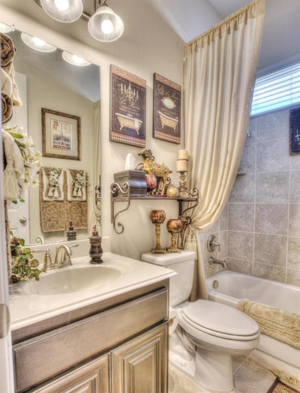 8117 Haltered Horse  Lane, Frisco, Texas 75036 - acquisto real estate best realtor foreclosure real estate mike shepeherd walnut grove realtor