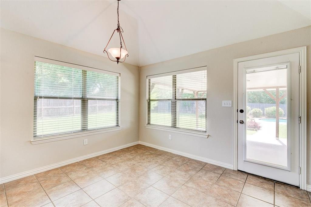 4407 Cluster Oak  Court, Granbury, Texas 76049 - acquisto real estate best real estate company to work for