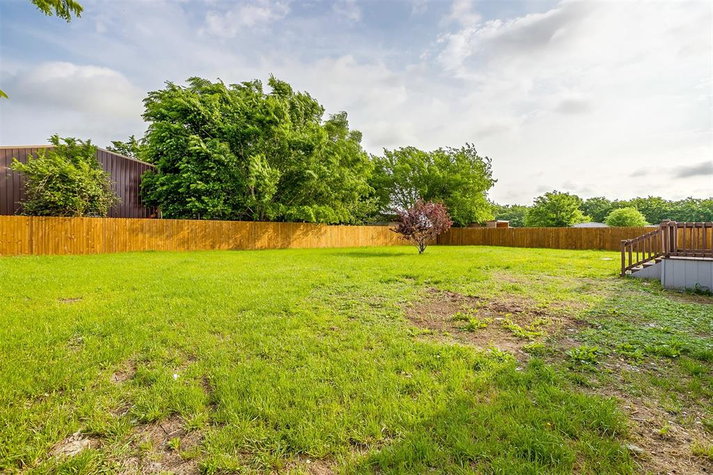 2517 Redwood  Circle, Burleson, Texas 76028 - acquisto real estate best allen realtor kim miller hunters creek expert