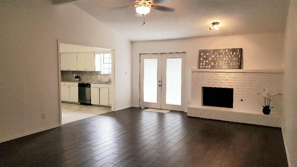 1314 Lark  Lane, Lewisville, Texas 75077 - Acquisto Real Estate best mckinney realtor hannah ewing stonebridge ranch expert