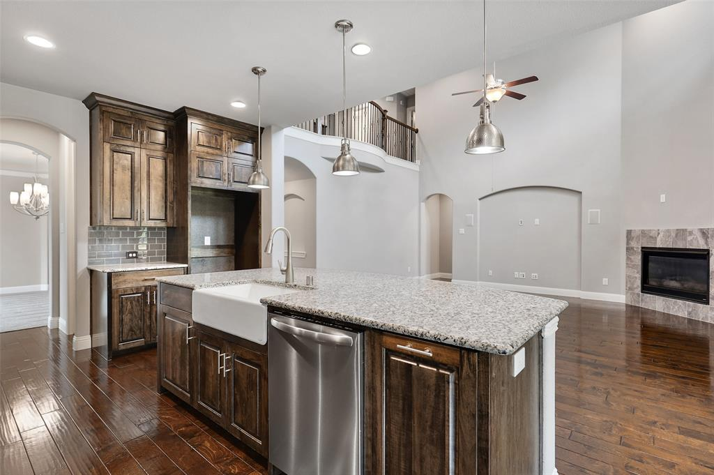 10905 Autumn Leaf  Court, Flower Mound, Texas 76226 - acquisto real estate best real estate company in frisco texas real estate showings