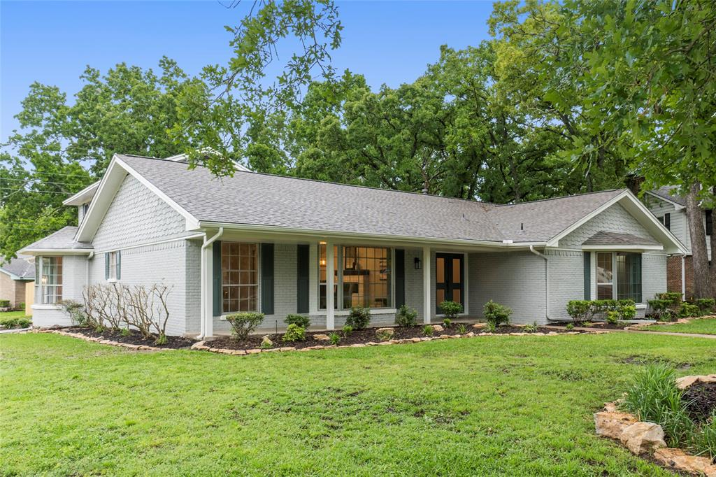 1 Post Oak  Circle, Greenville, Texas 75402 - acquisto real estate agent of the year mike shepherd