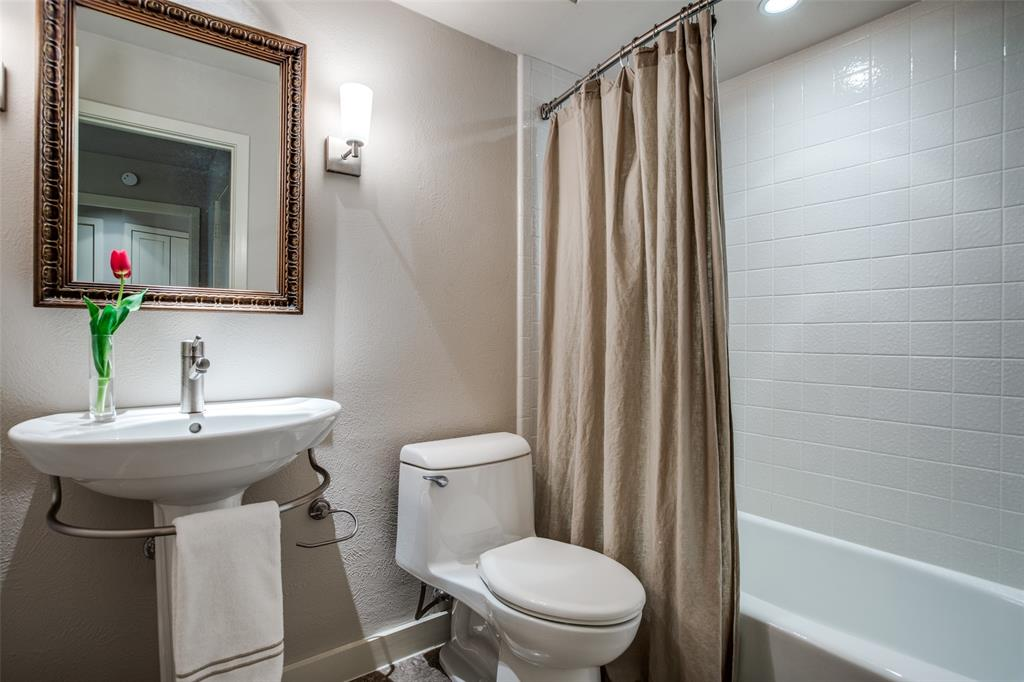 9535 Robin Meadow  Dallas, Texas 75243 - acquisto real estate best realtor foreclosure real estate mike shepeherd walnut grove realtor