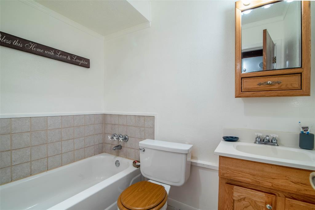 1001 Martin  Lane, Sherman, Texas 75090 - acquisto real estate best style realtor kim miller best real estate reviews dfw