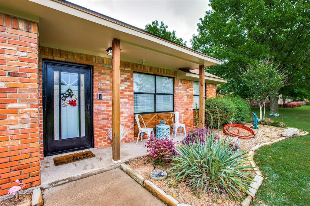 117 Burkett  Lane, Red Oak, Texas 75154 - Acquisto Real Estate best plano realtor mike Shepherd home owners association expert