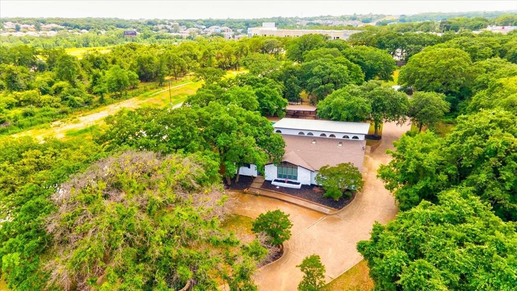 1112 Cooks  Lane, Fort Worth, Texas 76120 - acquisto real estate mvp award real estate logan lawrence