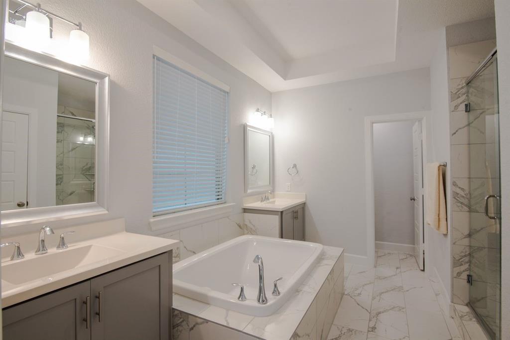 1140 Manacor  Lane, Dallas, Texas 75212 - acquisto real estate best realtor dallas texas linda miller agent for cultural buyers