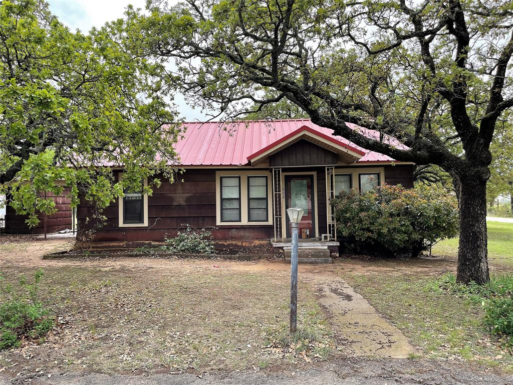 608 21st  Street, Cisco, Texas 76437 - Acquisto Real Estate best plano realtor mike Shepherd home owners association expert
