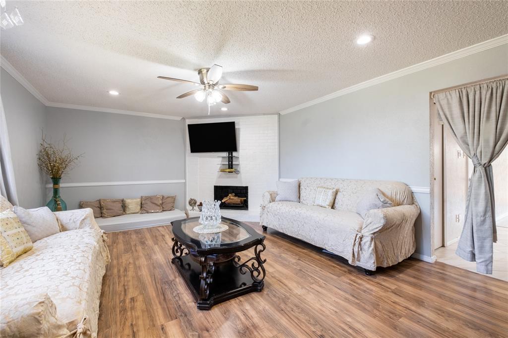 2718 Ivanridge  Lane, Garland, Texas 75044 - acquisto real estate best luxury buyers agent in texas shana acquisto inheritance realtor