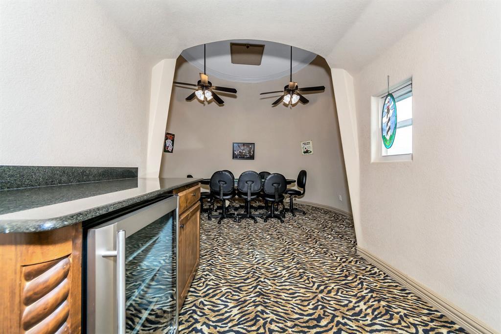 1056 Bluff Creek  Drive, Possum Kingdom Lake, Texas 76475 - acquisto real estate best frisco real estate agent amy gasperini panther creek realtor