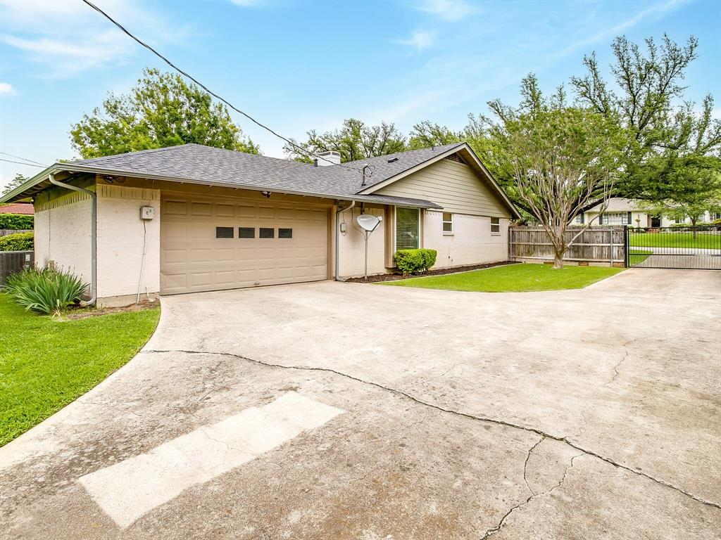 4204 Inman  Court, Fort Worth, Texas 76109 - acquisto real estate best real estate idx dilusso marketing mike acquisto