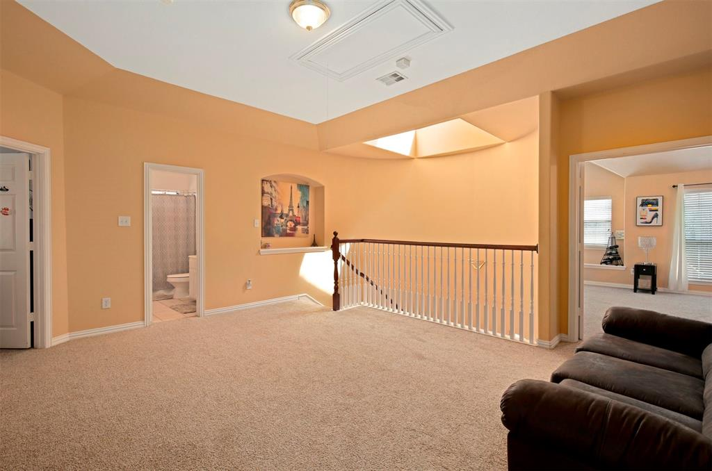 1226 Nocona  Drive, Irving, Texas 75063 - acquisto real estate best realtor dallas texas linda miller agent for cultural buyers