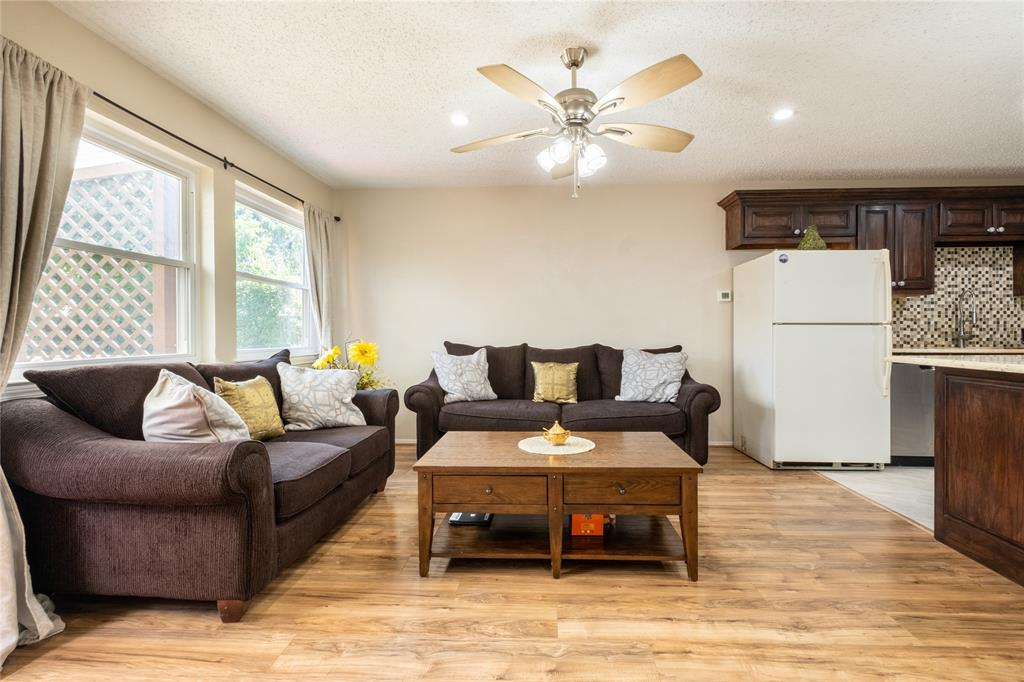 2718 Ivanridge  Lane, Garland, Texas 75044 - acquisto real estate best celina realtor logan lawrence best dressed realtor