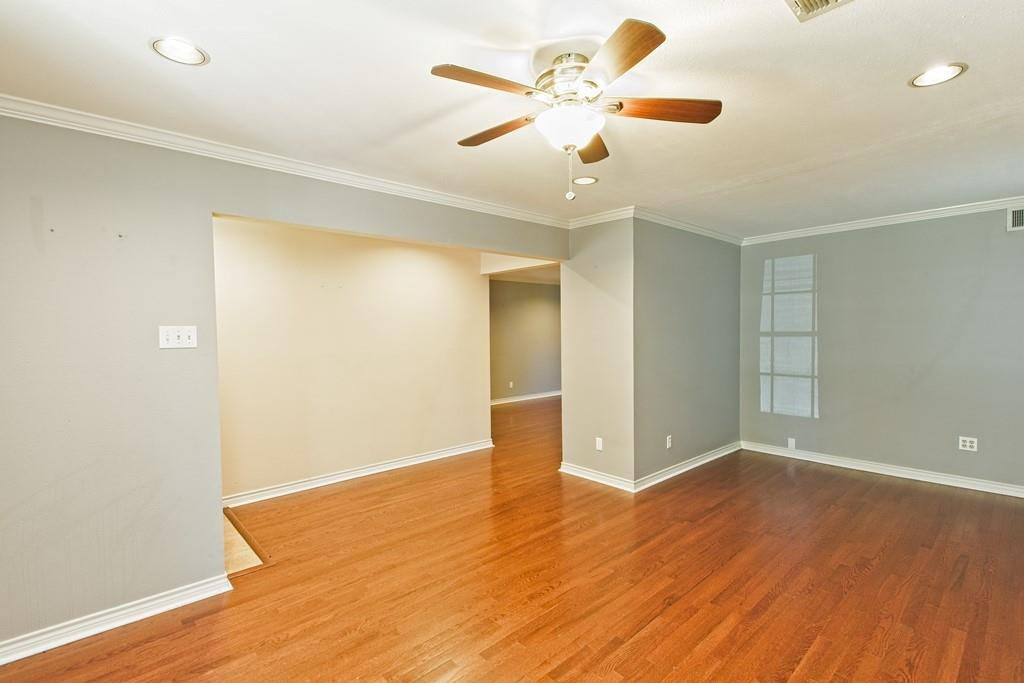 8635 Shagrock  Lane, Dallas, Texas 75238 - acquisto real estate best real estate company to work for