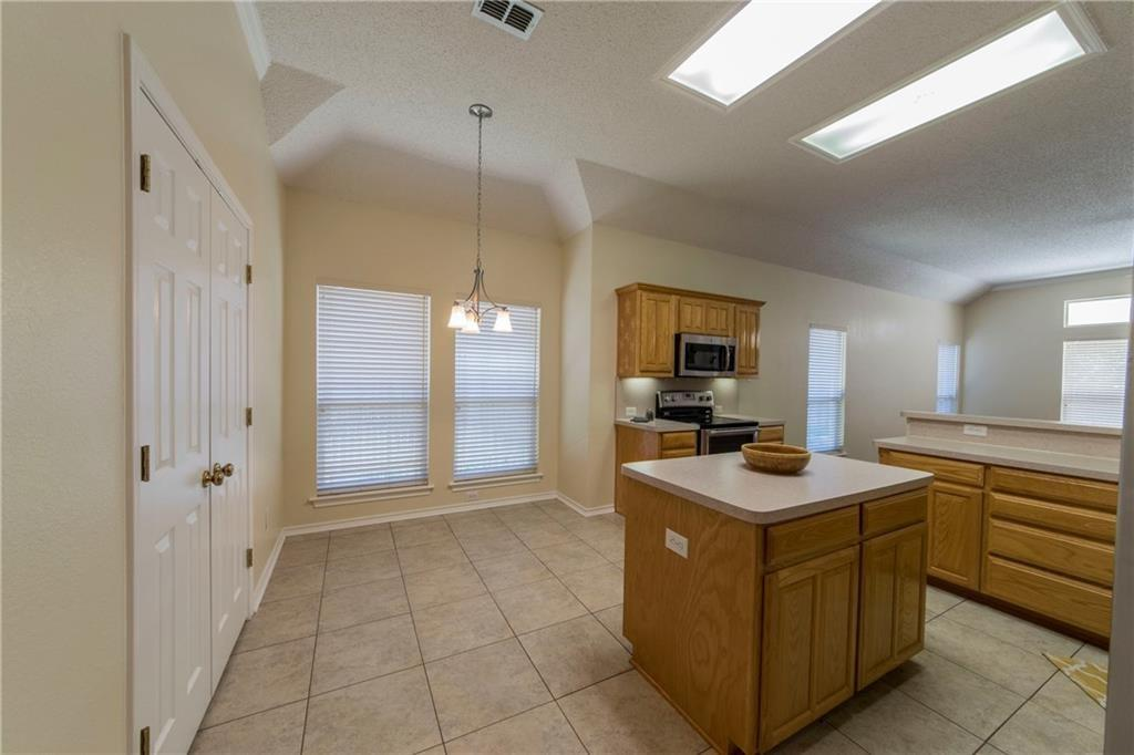 7121 Axis  Court, Fort Worth, Texas 76132 - acquisto real estate best real estate company to work for