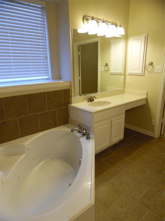 8627 Nicholson  Drive, Frisco, Texas 75036 - acquisto real estate best listing agent in the nation shana acquisto estate realtor