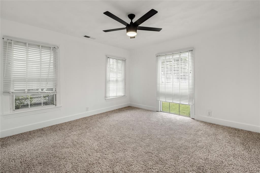 1507 Newport  Avenue, Dallas, Texas 75224 - acquisto real estate best photos for luxury listings amy gasperini quick sale real estate