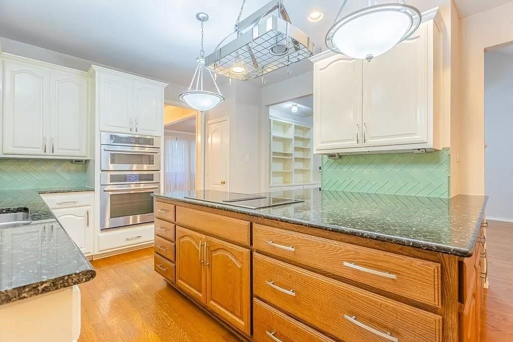 6308 Fannin  Drive, Arlington, Texas 76001 - acquisto real estate best listing listing agent in texas shana acquisto rich person realtor
