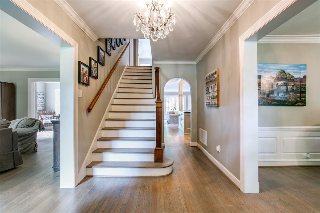 6738 Avalon  Avenue, Dallas, Texas 75214 - acquisto real estate best prosper realtor susan cancemi windfarms realtor