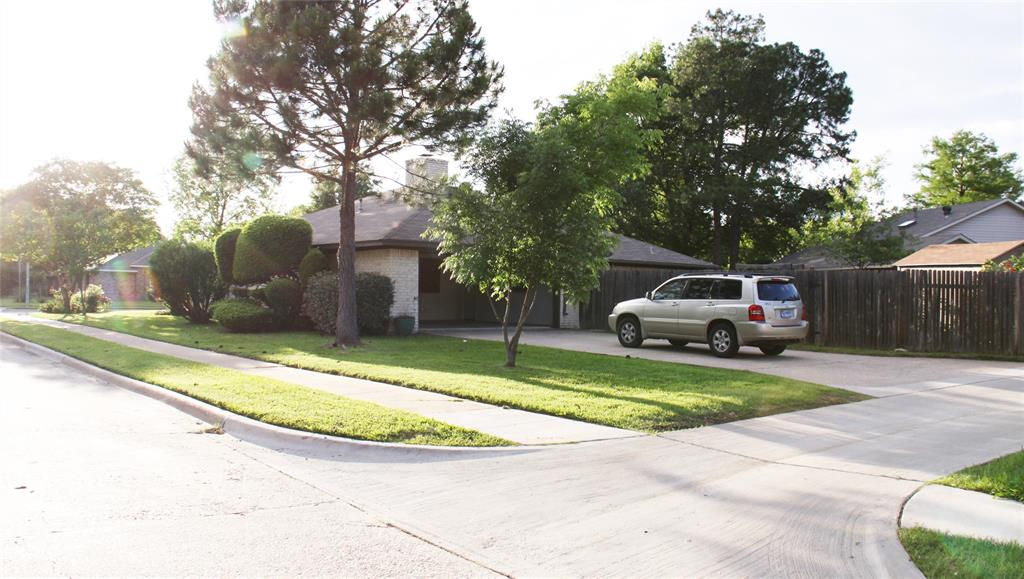 1425 Wood Creek  Drive, Flower Mound, Texas 75028 - acquisto real estate best highland park realtor amy gasperini fast real estate service