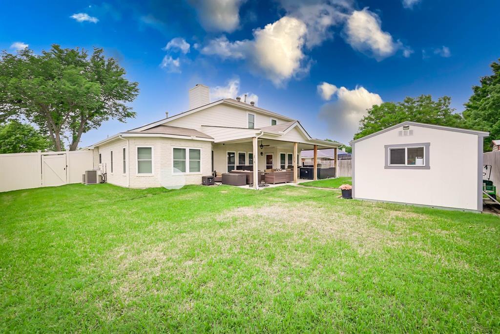 5707 Longhorn  Lane, Arlington, Texas 76017 - acquisto real estate best negotiating realtor linda miller declutter realtor