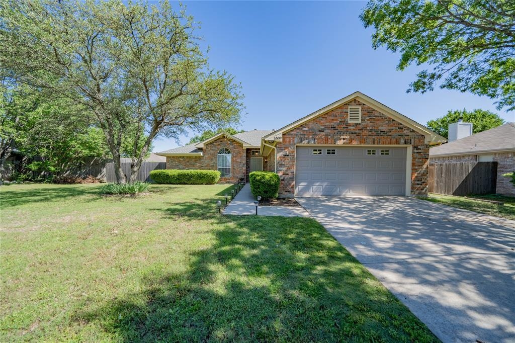 1809 Le Sage  Court, Denton, Texas 76208 - Acquisto Real Estate best plano realtor mike Shepherd home owners association expert