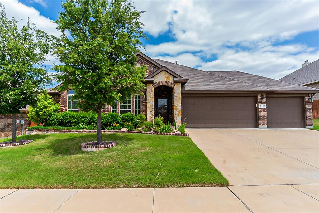 7112 Frenton  Terrace, Fort Worth, Texas 76131 - Acquisto Real Estate best plano realtor mike Shepherd home owners association expert
