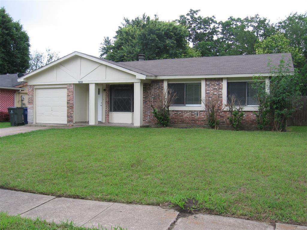1818 Bosque  Drive, Garland, Texas 75040 - Acquisto Real Estate best mckinney realtor hannah ewing stonebridge ranch expert