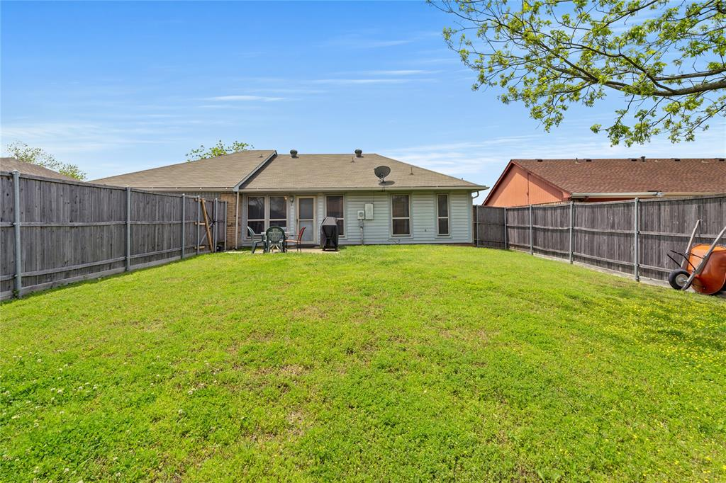 2821 Red River  Street, Mesquite, Texas 75150 - acquisto real estate best realtor dfw jody daley liberty high school realtor