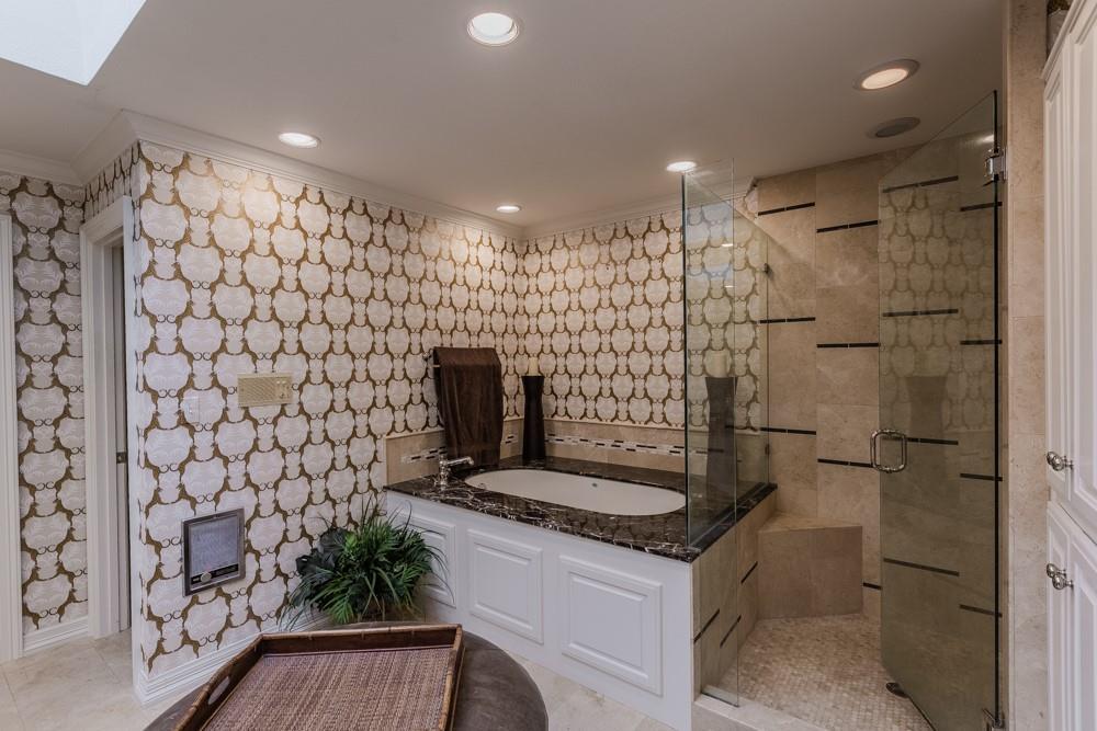6917 Hillpark  Drive, Dallas, Texas 75230 - acquisto real estate best photos for luxury listings amy gasperini quick sale real estate