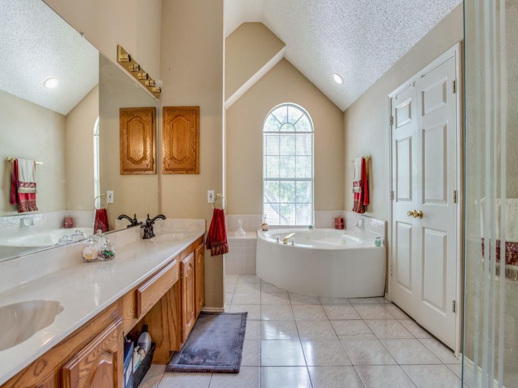 6113 Monticello  Drive, Frisco, Texas 75035 - acquisto real estate best photos for luxury listings amy gasperini quick sale real estate