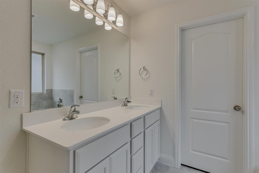 2633 Wheeler  Avenue, Aubrey, Texas 76227 - acquisto real estate best photos for luxury listings amy gasperini quick sale real estate