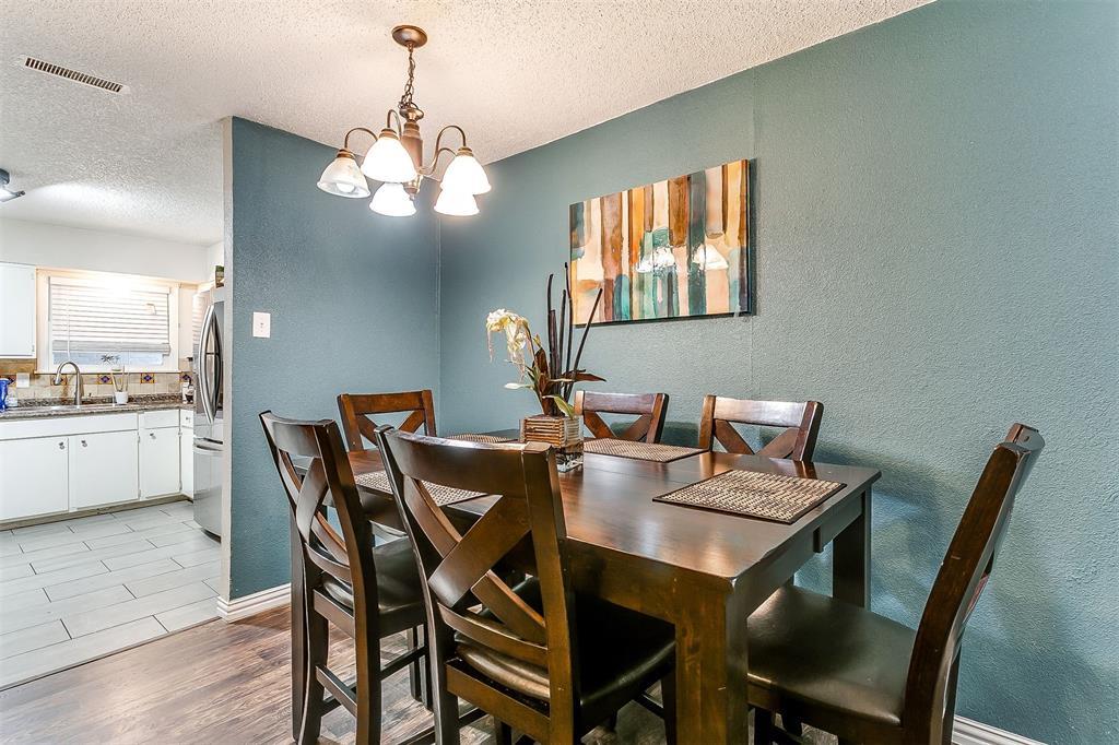 2214 Ridgeway  Street, Arlington, Texas 76010 - acquisto real estate best prosper realtor susan cancemi windfarms realtor