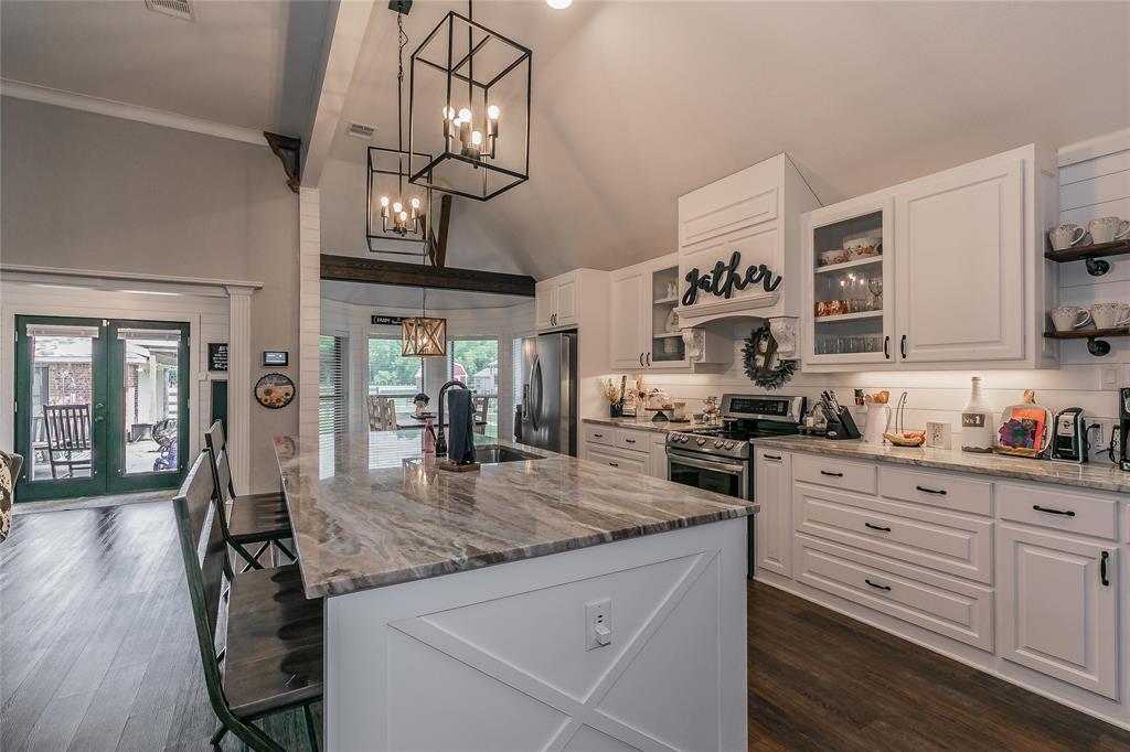 132 Fossil Rock  Drive, Azle, Texas 76020 - acquisto real estate best designer and realtor hannah ewing kind realtor