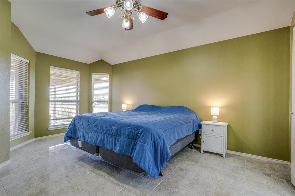 529 Kings Creek  Drive, Terrell, Texas 75161 - acquisto real estate best photos for luxury listings amy gasperini quick sale real estate