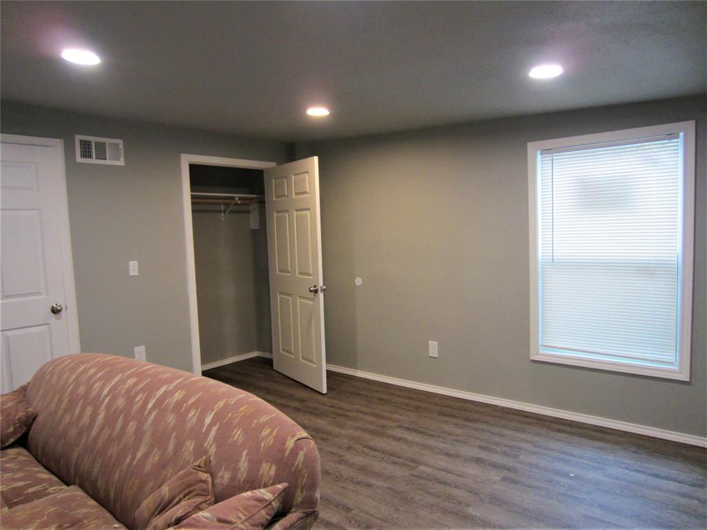 1420 Knight  Street, Denton, Texas 76205 - acquisto real estate best highland park realtor amy gasperini fast real estate service