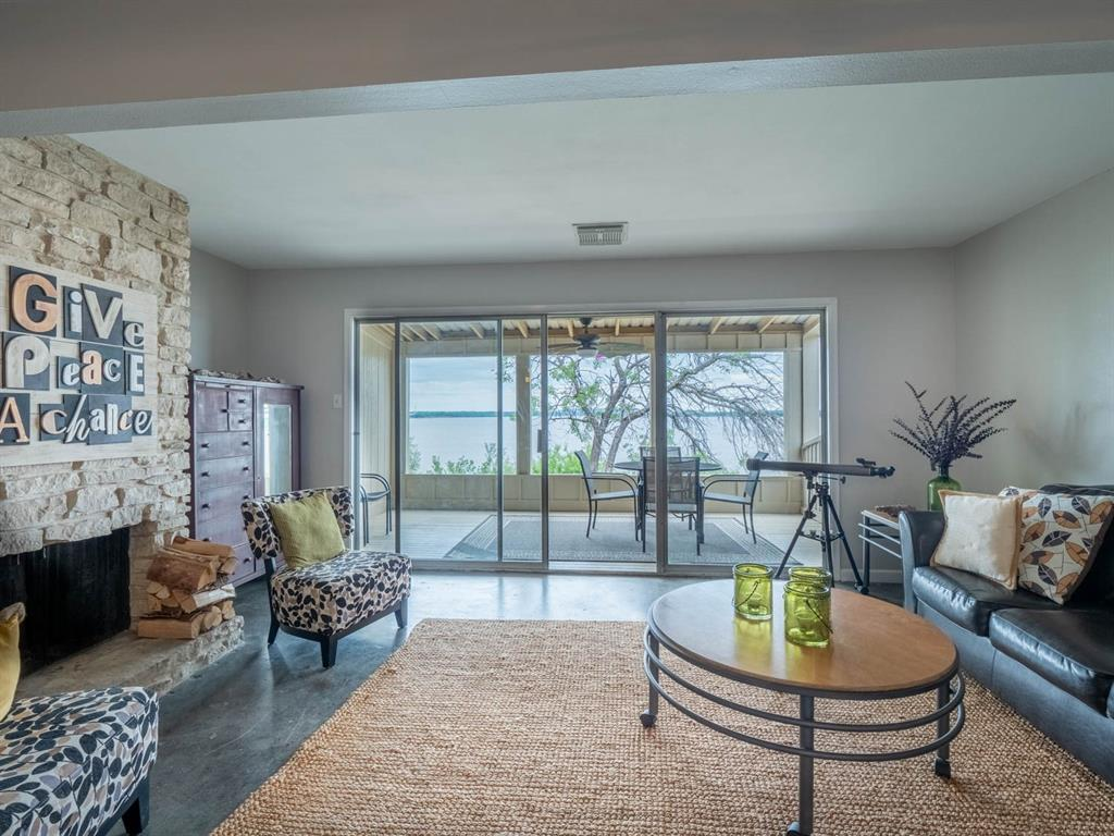 5615 Thunderbird  Court, De Cordova, Texas 76049 - acquisto real estate best luxury buyers agent in texas shana acquisto inheritance realtor