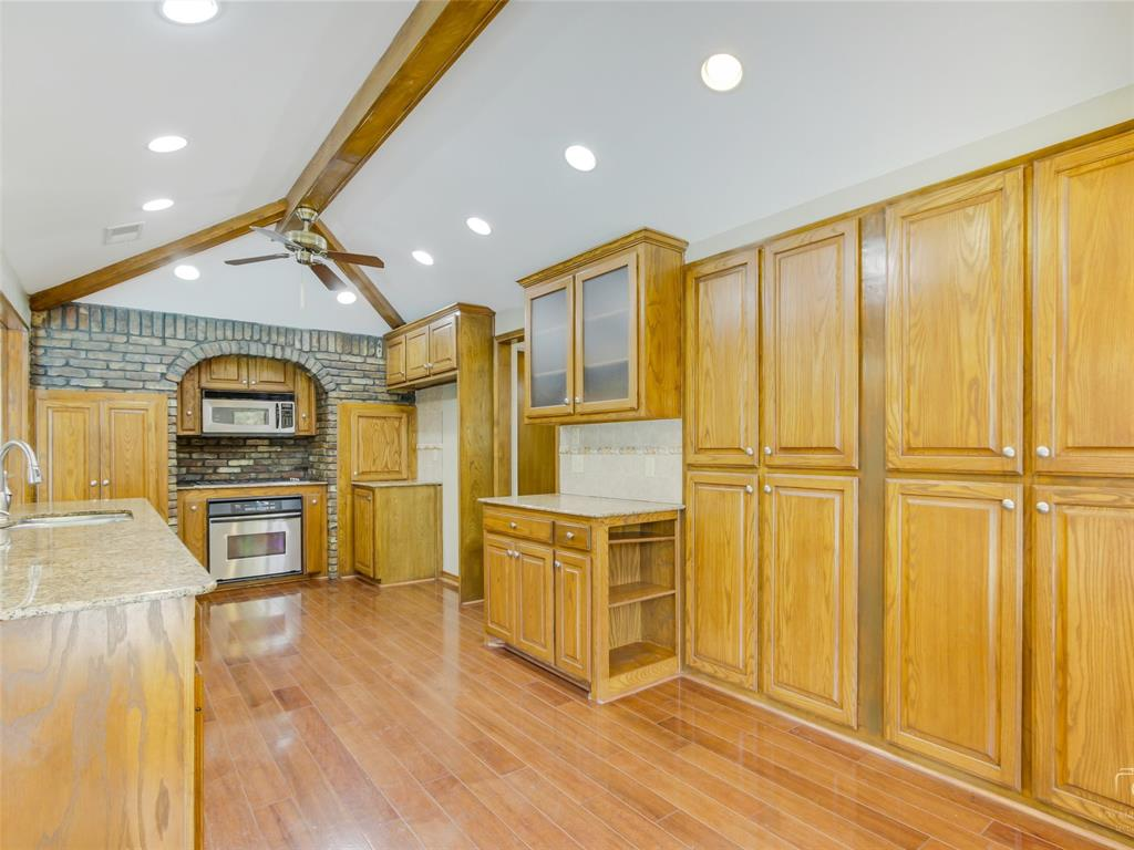 2304 La Vida  Place, Plano, Texas 75023 - acquisto real estate best frisco real estate broker in texas for high net worth buyers