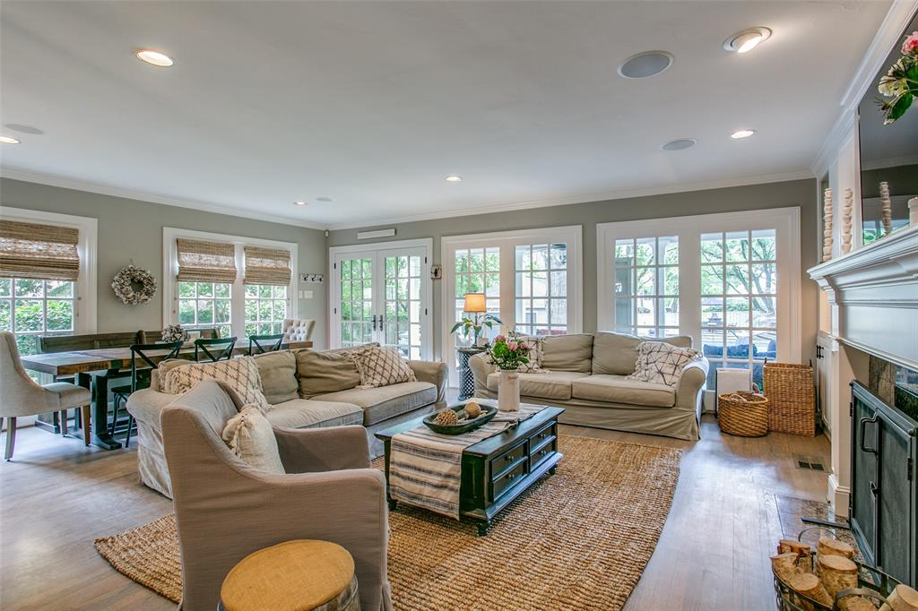 6738 Avalon  Avenue, Dallas, Texas 75214 - acquisto real estate best designer and realtor hannah ewing kind realtor