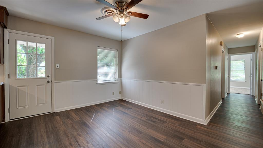 1508 Nichols  Street, Ennis, Texas 75119 - acquisto real estate best real estate company to work for