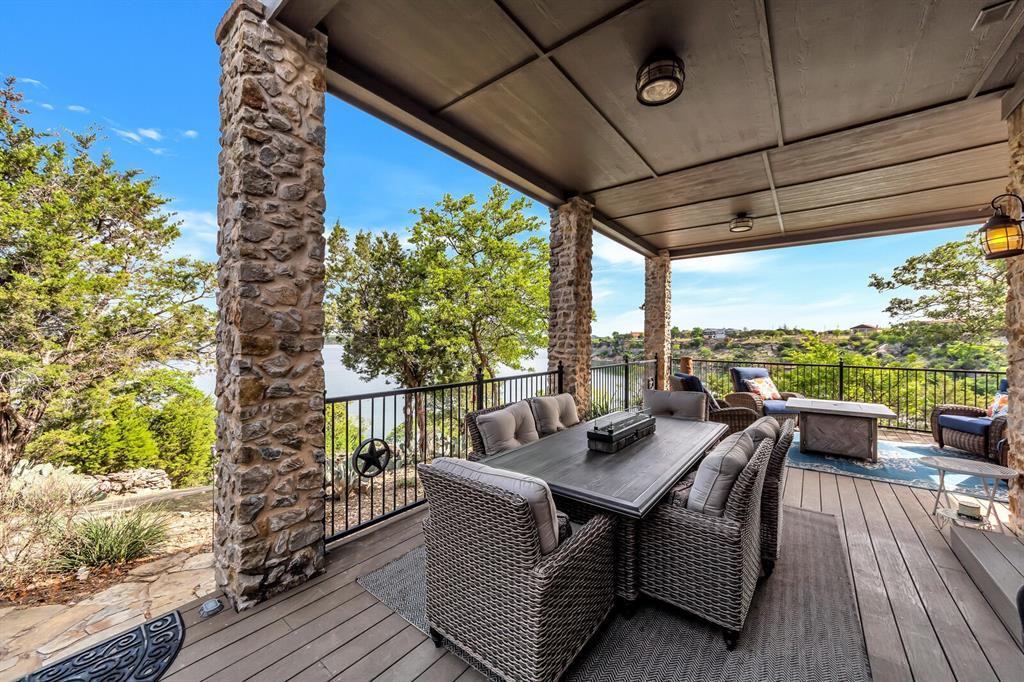 1056 Bluff Creek  Drive, Possum Kingdom Lake, Texas 76475 - acquisto real estate best photo company frisco 3d listings