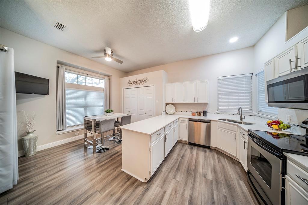 210 Chamblin  Drive, Cedar Hill, Texas 75104 - acquisto real estate best celina realtor logan lawrence best dressed realtor
